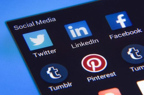 social-media-1795578_960_720
